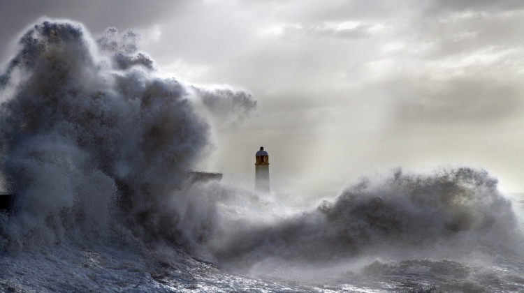 Old-lighthouse-in-storm